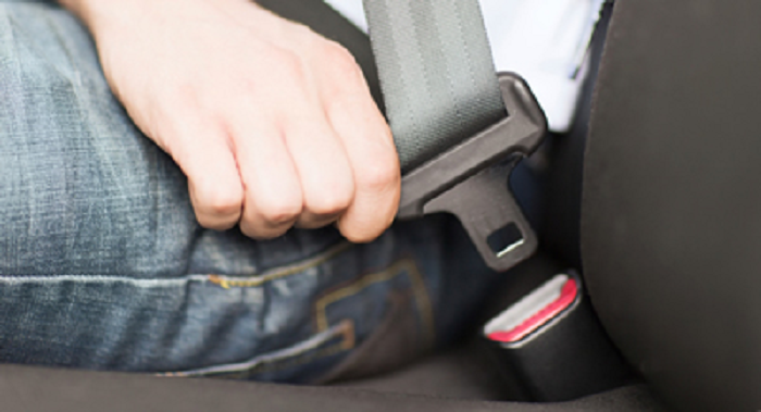 persuasive essay about seat belts Guide for the persuasive speech attention step 1 to persuade the audience to wear seat belts fatal car accident occurs every ten minutes in the united.